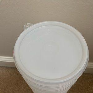 Tupperware Kitchen - Tupperware 15 hamburger containers